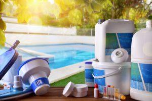 Mantenimiento de la piscina. Guía básica para limpiar tu piscina