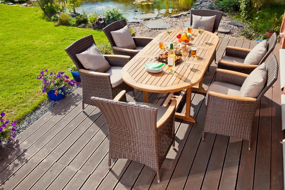 4 mesas de exterior que quedaran genial en tu jardin